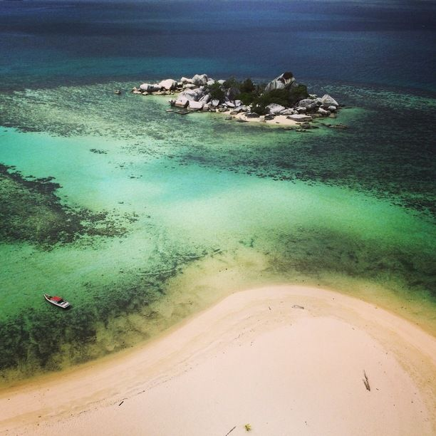 A hidden paradise in Belitung island, Indonesia #belitung #indonesia Discovered by Calvin Kizana at Belitung Island, Simpang Renggiang, #Indonesia #travel