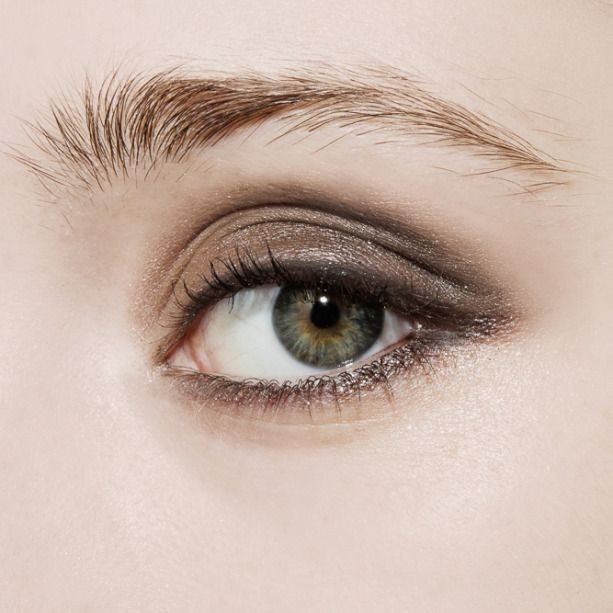 If you add just one new beauty look to your repertoire this autumn, make it the smoky eye
