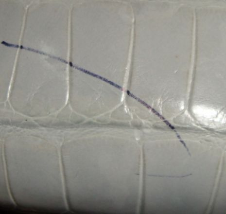 How To Get Pen Mark Out Of Leather Magic Eraser Then Soak With