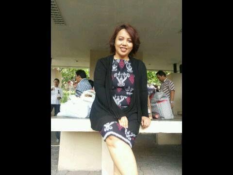 wearing EVebe tenun collection courtesy mb Iz maemunah