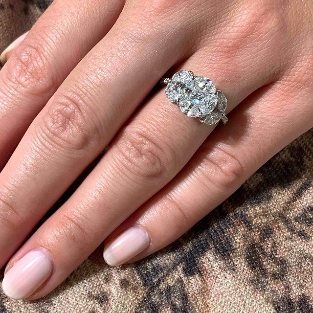Pin By Debbie Murphy On Jewels With Images Unique Diamond Engagement Rings Unusual Engagement Rings