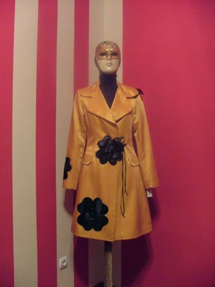 Handmade flower insert trench coat