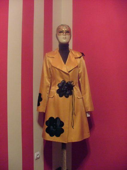 Handmade flower insert trench coat