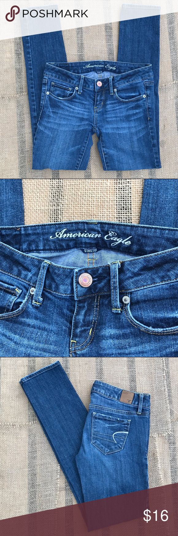 """American Eagle Skinny Jeans EUC, AEO Skinny Stretch Jeans size 0 Short. Inseam: 30"""" ❌ I DO NOT MODEL OR TRADE! Price IS firm unless bundled. American Eagle Outfitters Jeans Skinny"""