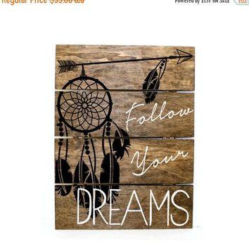 Shop Early Sale - Arrow Dream Catcher - follow your dreams Pallet Sign - Indie home decor, gifts for her, reclaimed pallet, Aztec Bedroom De