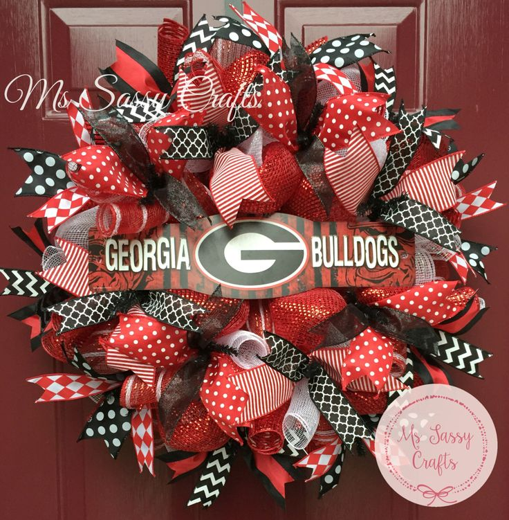 Georgia Bulldogs - University of Georgia - Georgia Bulldogs Wreath - Deco Mesh Wreath - Georgia Bulldogs Sign - UGA Wreath - Go Dawgs by MsSassyCrafts on Etsy https://www.etsy.com/listing/238213767/georgia-bulldogs-university-of-georgia