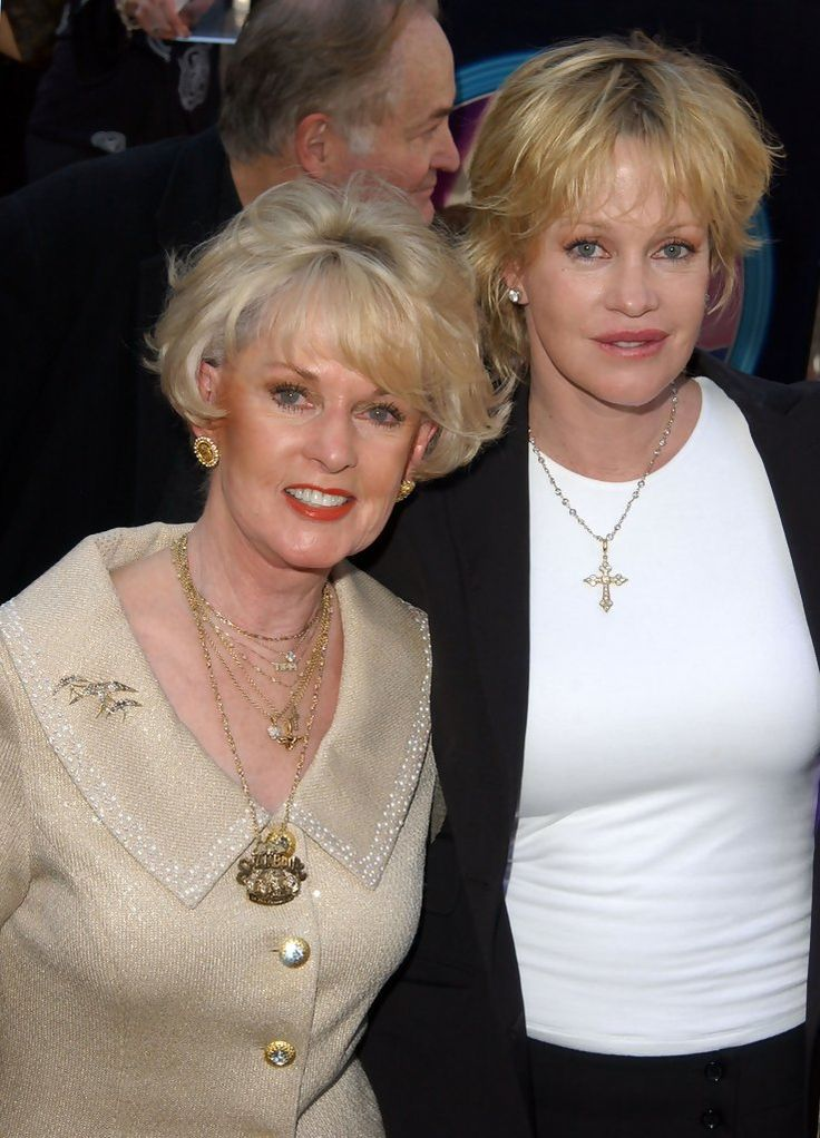 Melanie Griffith - Celebrities and their parents (Jan 30, 2001)