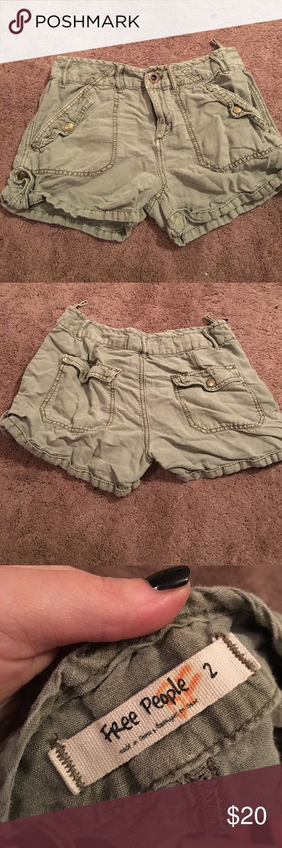 💕VDAY SALE💕Free People army shorts In great condition. Linen and cotton material. Free People Shorts