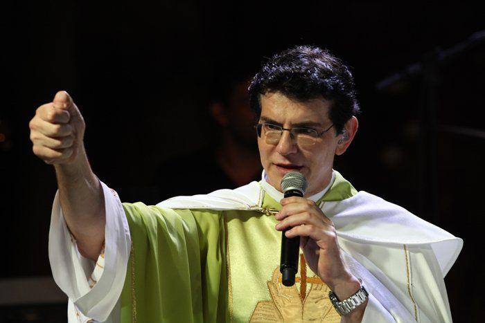 I Evangelizar é Preciso Patos de Minas - Padre Reginaldo Manzotti