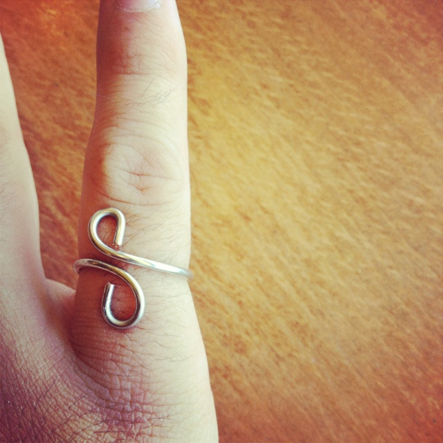 DIY wire wrapped ring love it must try! #ecrafty