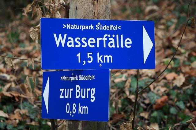 Prümerburg bei Prümzurlay oder die Irreler Wasserfälle? by Daniela 28, via Flickr