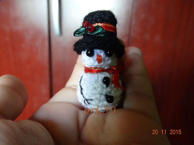 muñeco de nieve a ganchillo