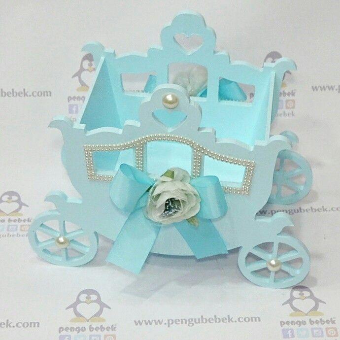Prens arabası bebek şeker sepeti. En yeni modeller, en güzel bebek sepetleri pengubebek.com ' da.