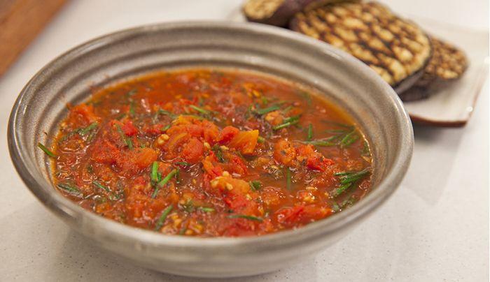 Healthy Tomato Sauce - Good Chef Bad Chef