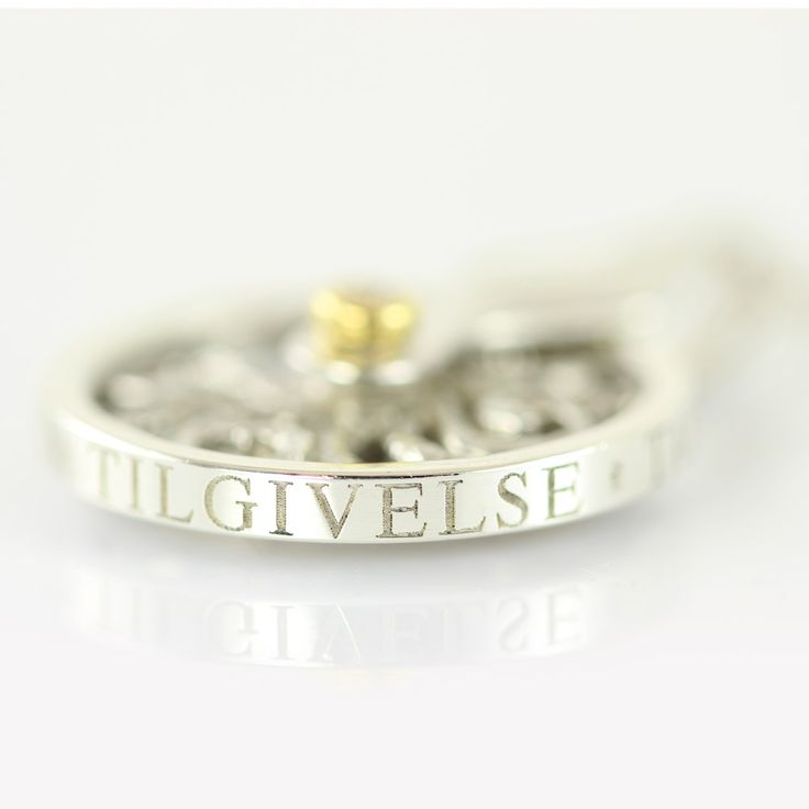 Galleri Castens - Wheel of words - necklace with message