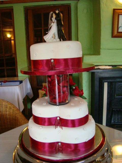 Lovely heart shaped wedding cake by Lena, PMB, South Africa
