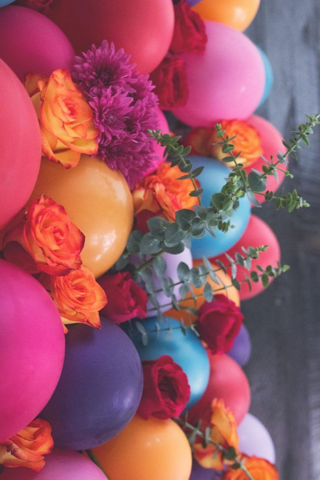 тому картинка с днем рождения с цветами и шарами такие