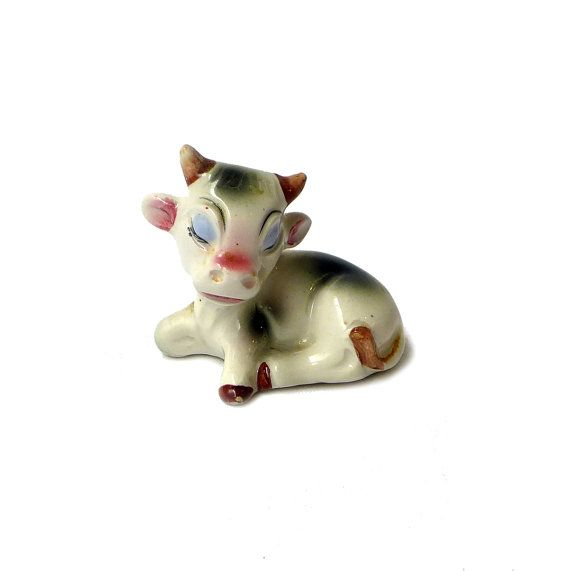 Vintage mid century Japanese porcelain cow figurine by evaelena