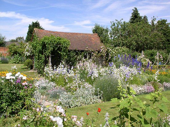 29 Best Gertrude Jekyll Images On Pinterest Gardens English Gardens And Cottage Gardens
