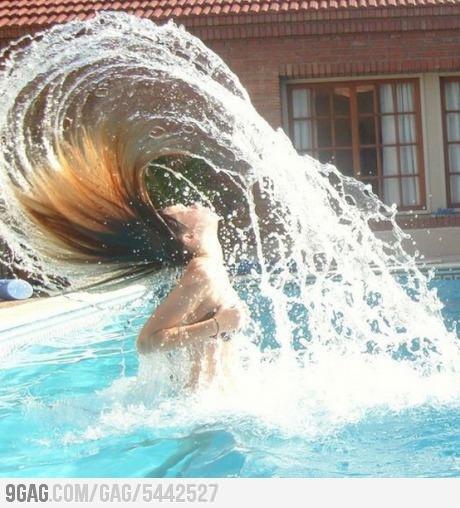Hair flip lvl: Master.