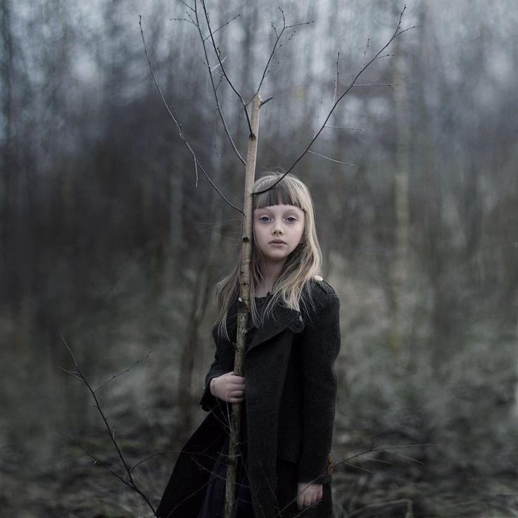 Magdalena Berny children outdoors photography light