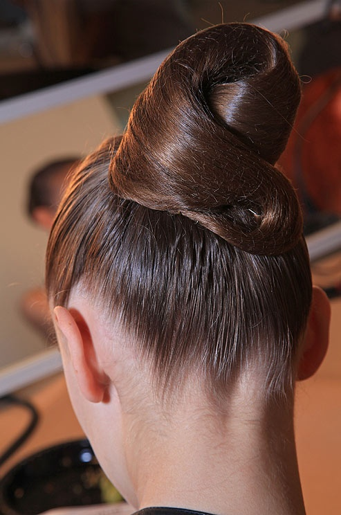 Wedding day hair from the Oscar de la Renta Spring 2013 bridal runway show. See more bridal beauty looks: http://ccwed.me/Izo9HA