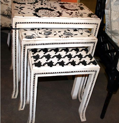 Painted nesting tables. I have been looking for vintage nesting tables to do something like this.