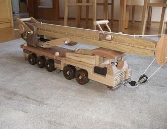 auto nach wunsch holzspielzeug pinterest spielzeug. Black Bedroom Furniture Sets. Home Design Ideas