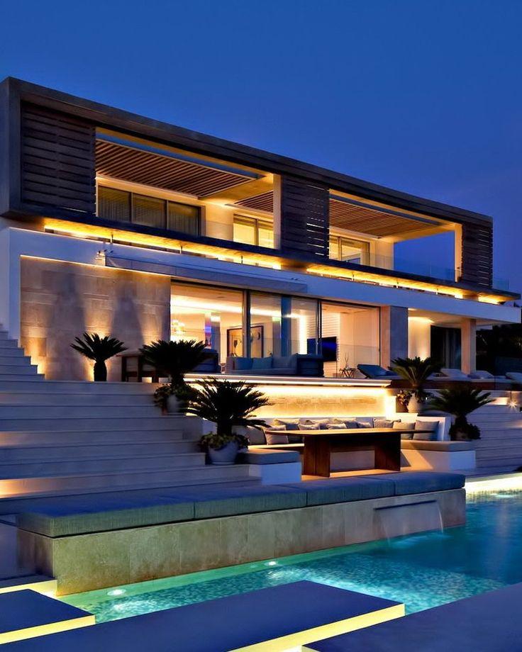 Moderne luxushäuser mit pool  72 besten Modern Mansion Bilder auf Pinterest | Architektur ...
