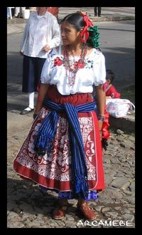 Trajes Tipicos Femeninos , Michoacan