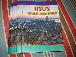 Jesus our only Real Hope / Evangelistic Booklet in Romanian / 48 pages / Iisus unica speranta