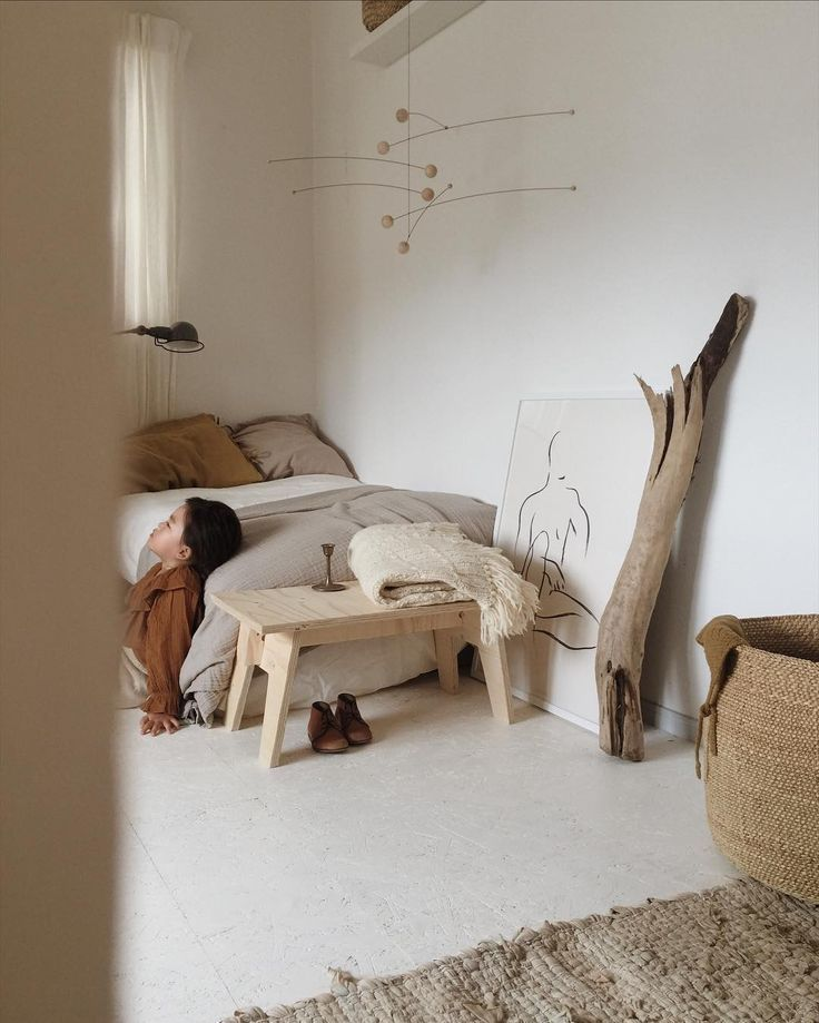 Simple Childs bedroom