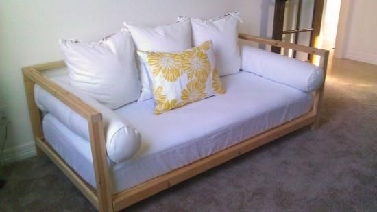 Free DIY Furniture Plans from The Design Confidential: 2x2 Double Sided Daybed