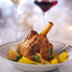 Découvrez la recette Souris d'agneau aux épices douces sur cuisineactuelle.fr.