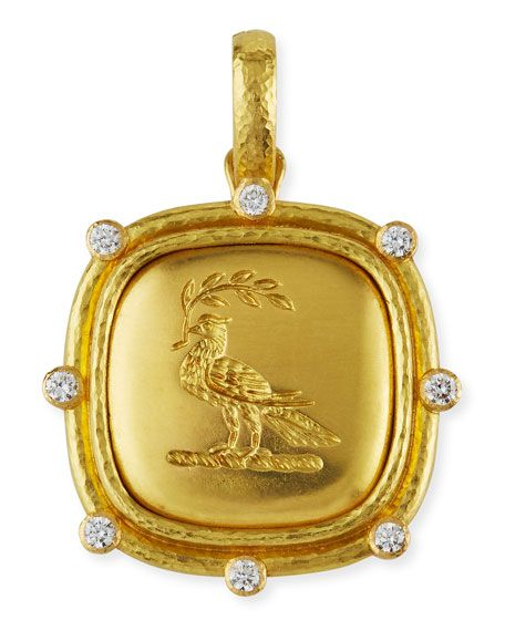 Vintage English Crest Brooch Traditional Suede Design Elegant Style Vintage Collectible Herritage Brooch Perfect Display Ideal Vintage Gift