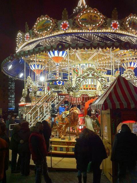 christmas market in germany | Leipzig - Doppelstöckiges Karussell - repinned by www.mybestgermanrecipes.com