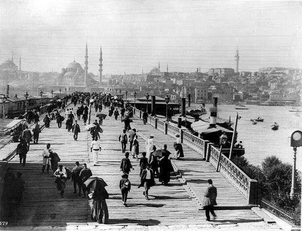 Galata Bridge, Istanbul (Constantinople) - ఉస్మానియా సామ్రాజ్యం - వికీపీడియా