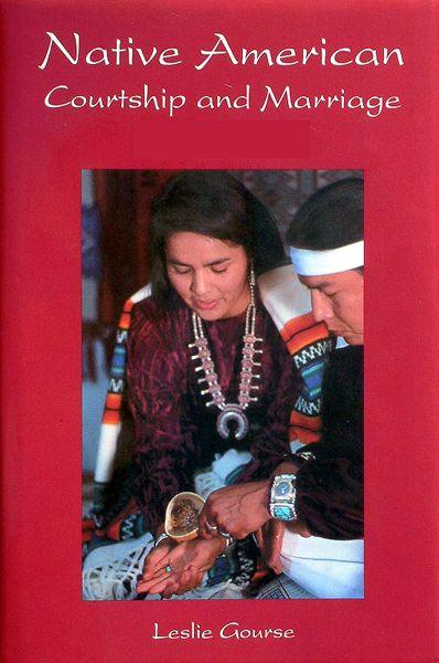 Wonderful American Indian Wedding Traditions  Keywords: #nativeamericanweddings #jevelweddingplanning Follow Us: www.jevelweddingplanning.com  www.facebook.com/jevelweddingplanning/