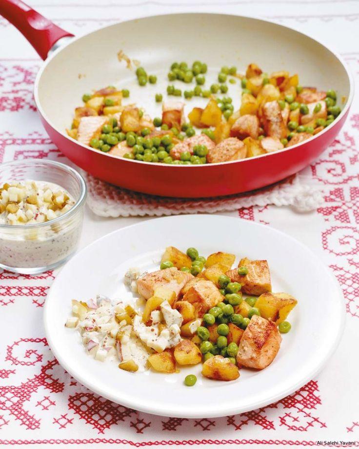 Remoulade bringt Lachsfilet, Bratkartoffeln und Erbsen ganz groß raus. Ahoi!