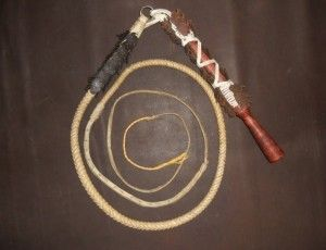 Great Hungarian karikas whip with bindings Hortobágy  Handle: plum wood handle covered with typical bindings of Hortobágy  Whip: made from alum thawed leather - See more at: http://www.itshungarian.com/hungarian-gifts-products-store/whips/great-hungarian-karikas-whip-with-bindings-hortobagy/#sthash.OBIlhLob.dpuf