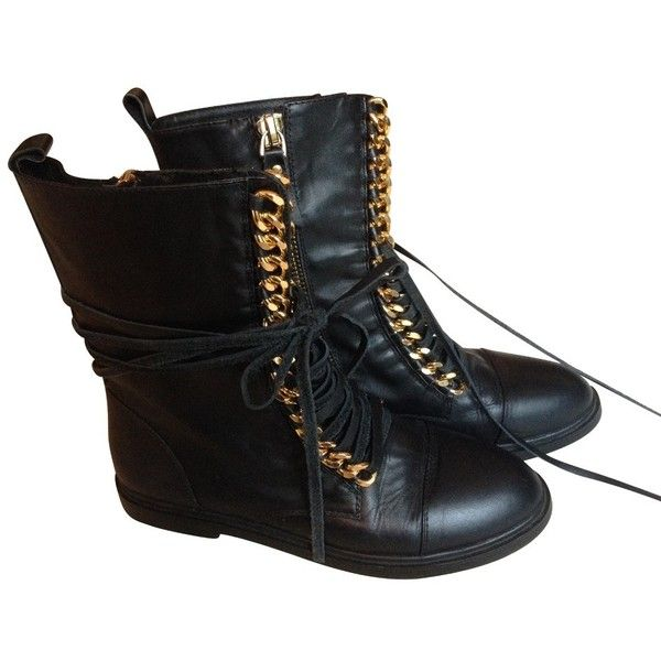 Pre-owned Biker boots lace-up ($425) ❤ liked on Polyvore featuring shoes, boots, black, black boots, black motorcycle boots, combat boots, leather motorcycle boots and black biker boots