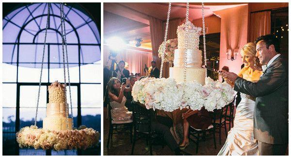 Surprenez vos invités avec un gâteau de mariage suspendu !