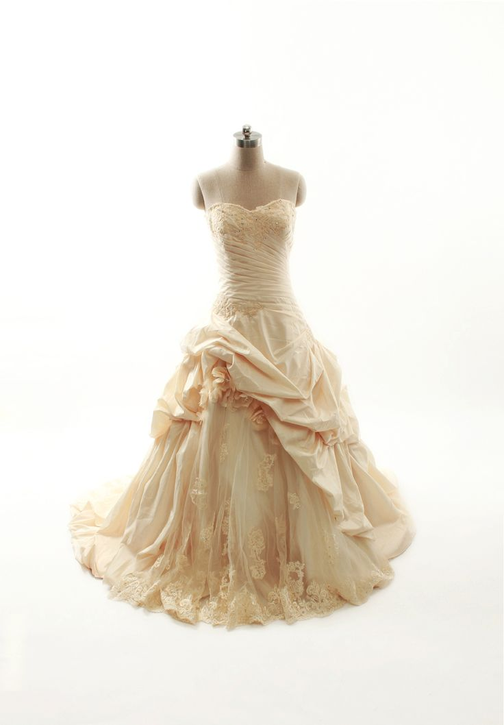 Ball Gown Taffeta Sleeveless bridal gown - I'm already married but this is beautiful!
