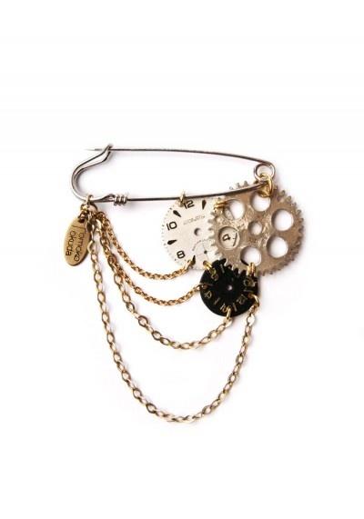 brooch Vintage jewerly earhart amelia