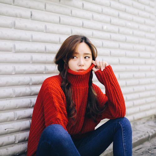 チェリータートルネックニット (kn023) - 韓国ファッション通販【 GIRLS RULE ガールズルール】
