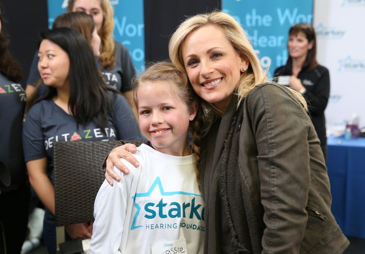 Marlee Matlin Signs National Anthem At Super Bowl, Not That You Really Saw It