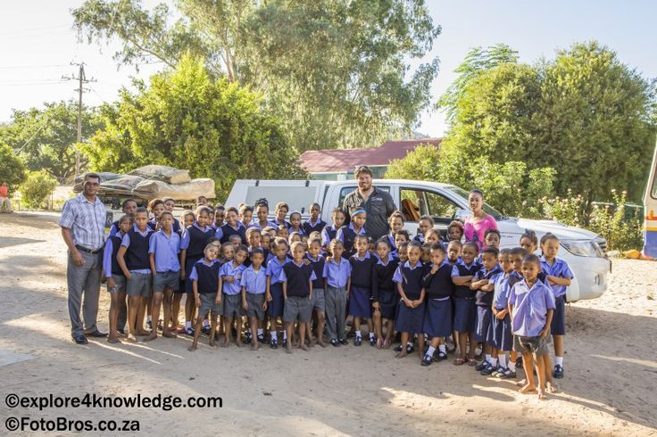 The @Explore4Knowledge @Toyota #Hilux pulling our #Jurgens #OffRoad #Trailer at the Noordhoeks #School doing #environmental #education #OlifantsRiverWC a #e4k_water #environmental #Education and #Research projects