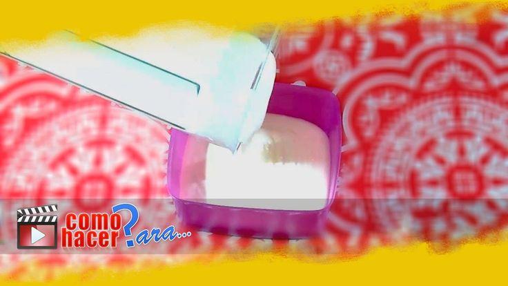 ***¿Cómo hacer Mayonesa Casera en Licuadora?*** Con solo una licuadora y pocos ingredientes tendrás una mayonesa casera en minutos, lista para realzar el sabor de tus comidas...SIGUE LEYENDO EN... http://cocina.comohacerpara.com/n11035/como-hacer-mayonesa-casera-en-licuadora.html