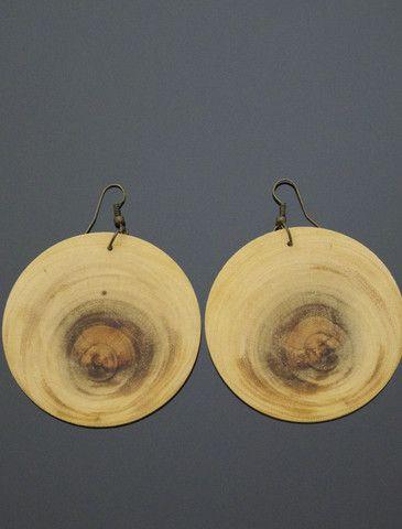 PUPPIS Wooden Earrings http://www.vonmimi.com/collections/earrings/products/puppis-wooden-earrings-e20011?utm_source=Pinterest&utm_medium=Social&utm_campaign=Earrings