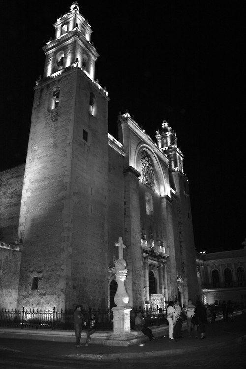 Cathedral of Mérida Yucatán #black